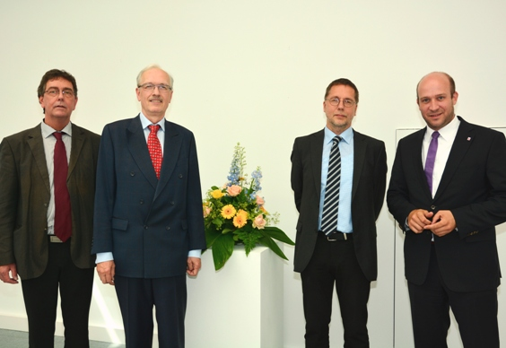 Dr. Andreas Hedwig offiziell als Leiter des Hessischen Landesarchivs in sein Amt eingeführt