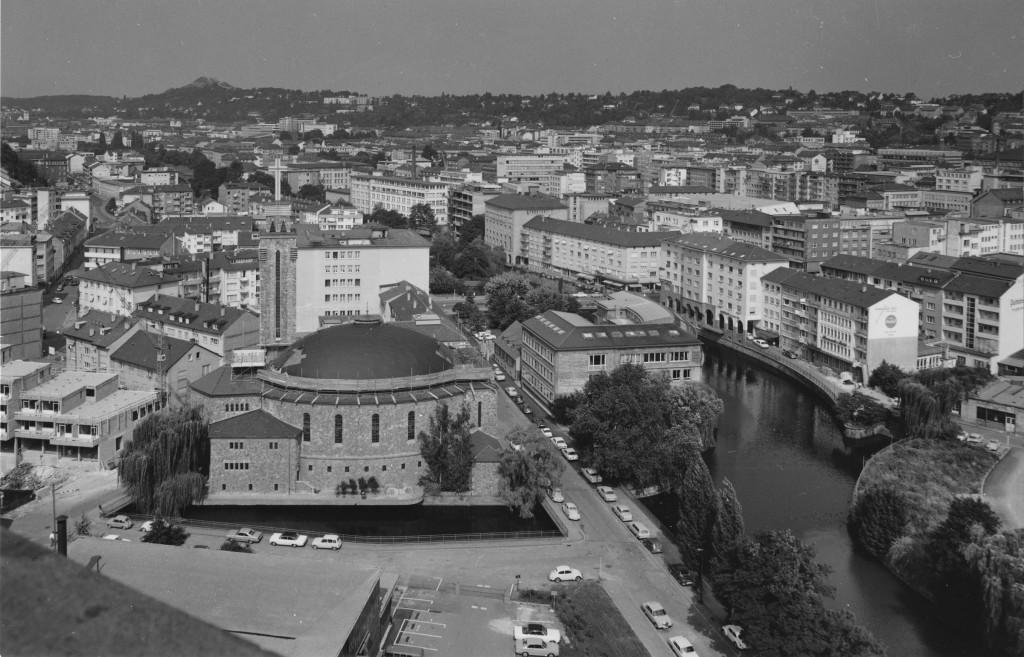 Blick vom Turm der neuen Stadtkirche nach Westen, 1970 (Foto: G. Wipfler, Stadtarchiv Pforzheim)